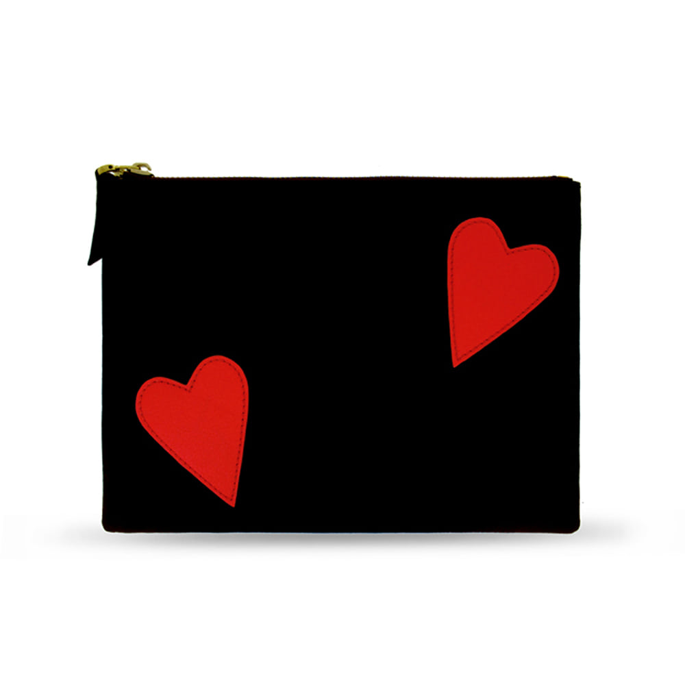 RED HEARTS BLACK CLUTCH